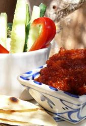 tomato-and-garlic-dip